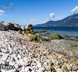 landscape gardasee stones