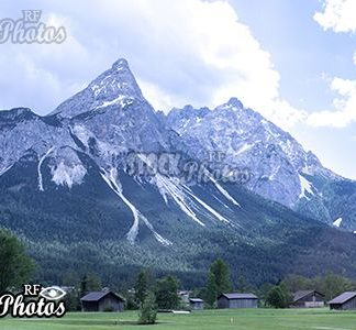 snow on the zugspitze